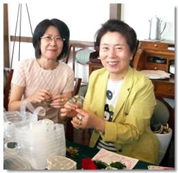 姉妹で仲良く参加。右は片岡優子さん、左は妹さんの渡辺麗子さん