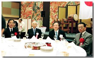 会長2月の挨拶 大盛況の90周年記念新年会